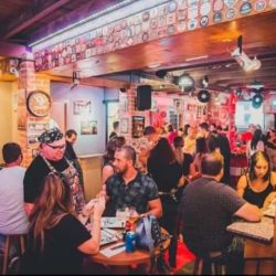 Vier Pub: o bar do rock em São Marcos